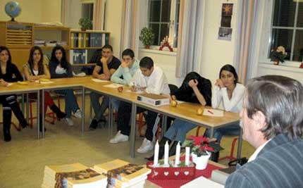 Семинар о курдах-езидах для школьников лицея в Швеции