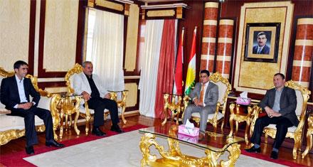 Губернатор Дохука встретился со студентами-езидами