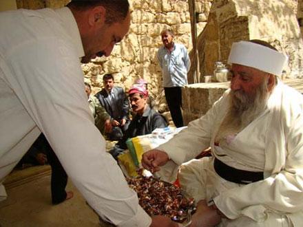 В храме Лалиш выбрали нового Баба Кафан