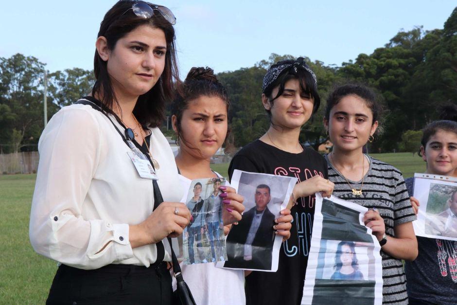 ФОТО: Салва Башайер (слева) организовала собрание езидов в Коффс-Харборе (ABC Coffs Coast)